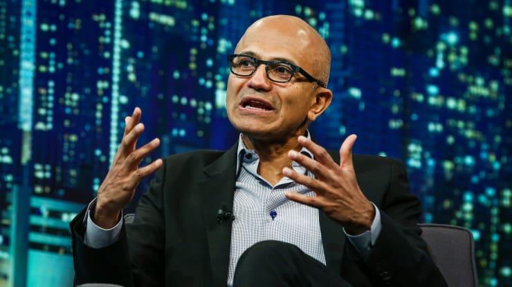 高盛调查显示:微软正逐步赢得云服务之战